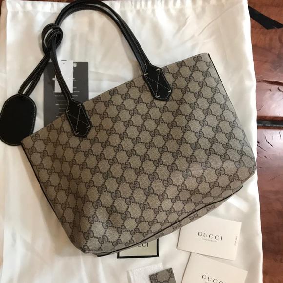 54d733e6a9a8c1 Gucci Bags | Nwt Reversible Black Supreme Tote Bag Small | Poshmark